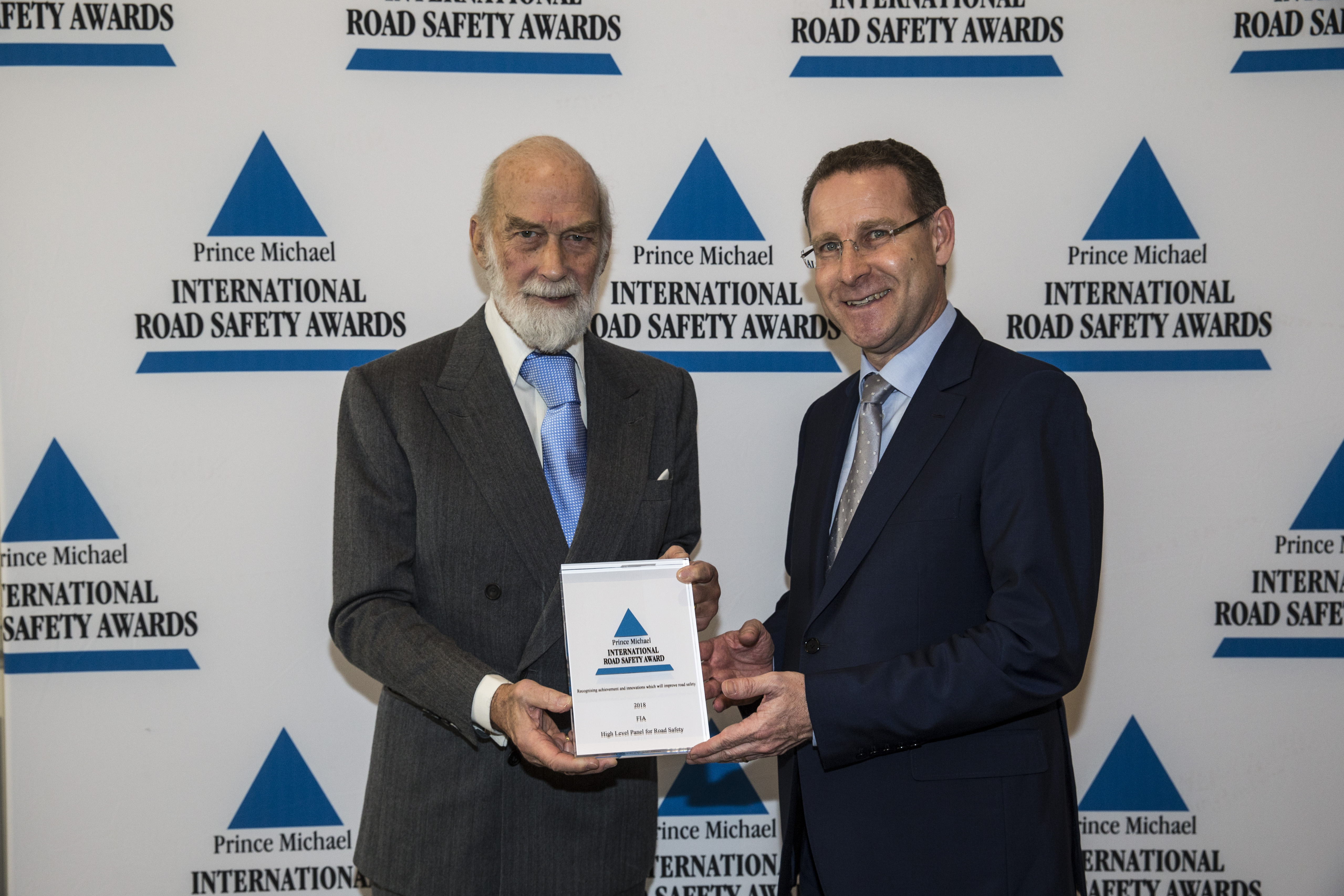 fia high level panel for road safety receives road safety award