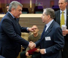 Commissioner Tajani with the FIA President, Jean Todt at the CARS 21 meeting