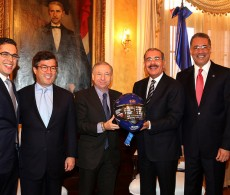 An FIA and IDB delegation including FIA President Jean Todt and IDB President Luis Alberto Moreno met with Dominican Republic Danilo Medina