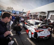 S. Ogier / J. Ingrassia at the Gap Service Park on Rallye Monte-Carlo