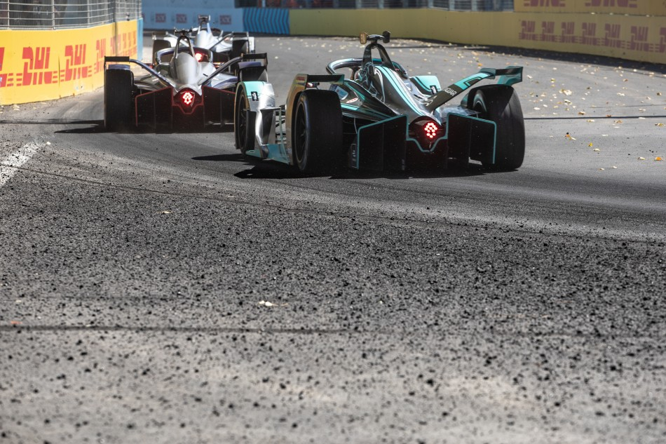 FE - Electric racing returns to South The US thumbnail
