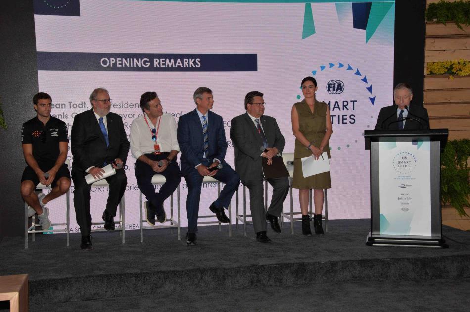 montreal, smart cities