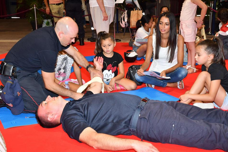 world first aid day, red cross, road safety