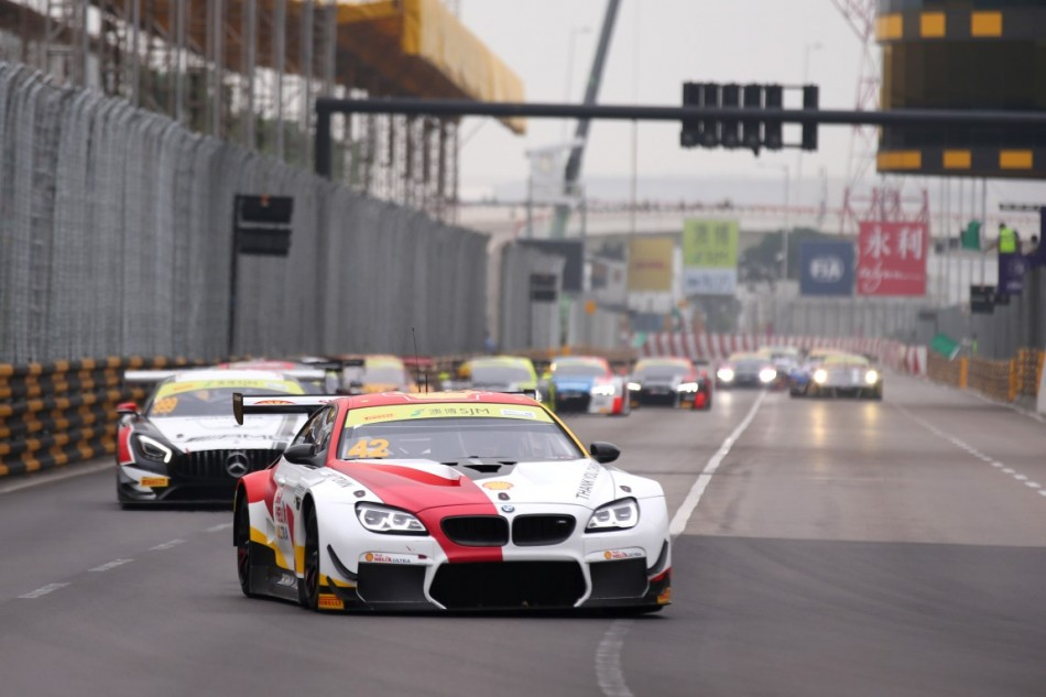 Gt World Cup Farfus In The Fight For Bmw