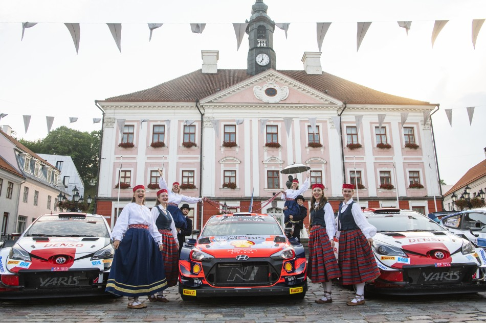 2021 WRC - Rally Estonia - Opening parade at Tartu City Hall