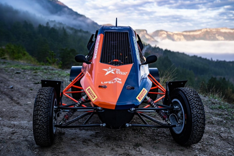 LifeLive Cross Car XC