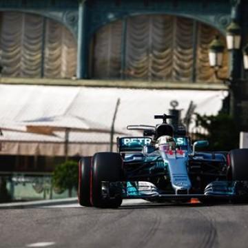 #F1 @lewishamilton fastest in #MonacoGP first free practice session  #formulaone #Monaco #FP1 #motorsport #racing