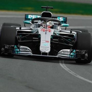 #F1 - @lewishamilton (@mercedesamgf1) topped the 1st qualifying session of the 2018 @f1 season ahead @kimimatiasraikkonen & Sebastian Vettel (@scuderiaferrari) #AusGp 🇦🇺 #Motorsport #Racing