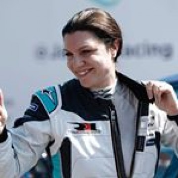 @katherineracing became the first woman to claim victory in a Jaguar I-Pace eTrophy race when she won in Mexico City. Congratulations Katherine, and all the best for the final round of the @Asian lemansseries in Sepang this weekend.  #fia #fiawim #womeninmotorsport #formulae #mexicoeprix #jaguar #etrophy