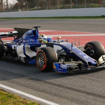 #F1 Throughout #F1testing we will be sharing a photo of each driver participating. We start with @ericsson_marcus in the 2017 @sauberf1team! #Formula1 #Barcelona #Motorsport #Racing