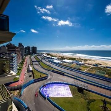 #FormulaE - This Weekend the 2018 FIA @fiaformulae Championship returns to Uruguay for a seaside Punta Del Este E-Prix