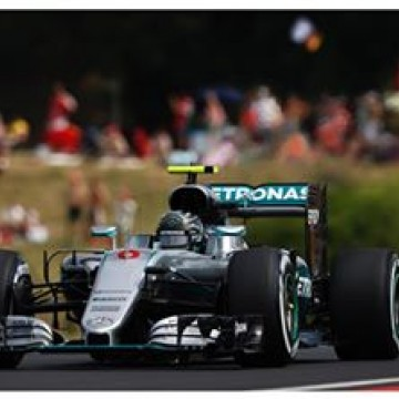 @nicorosberg sets the fastest time at the end of #FP3 with 1.20.261 #f1 #formulaone #formula1 #HungarianGP #Nico #Rosberg #Mercedes #Hungary #Budapest #motorsport