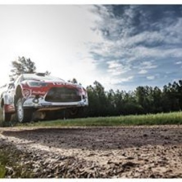 #WRC returnee @krismeeke conquers @rallyfinland's high-speed stages and spectacular jumps to top the leaderboard of the eight round of the #FIA @officialwrc Championship #WRC #Rally #Finland #Kris #Meeke #motorsport